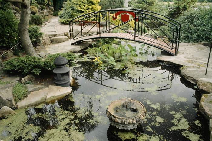 Dr Neil's Garden by onlyinedinburgh.com