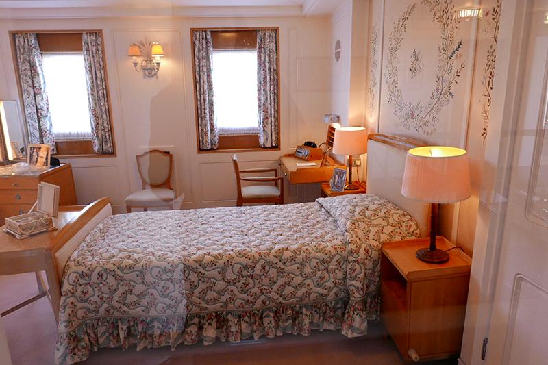 queensbedroom